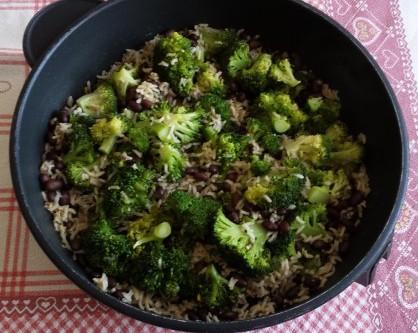 riso broccoli e fagioli neri